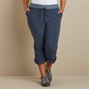 Women's Plus Armachillo Cooling Bootcut Pants