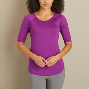 Women's Armachillo Air Out Cooling Elbow Sleeve T-Shirt