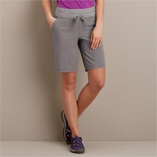 "Women's Armachillo Cooling 10"" Shorts"