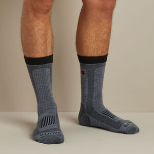 Men's No Fly Zone Crew Socks